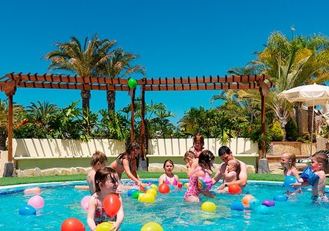 Summer Offer 2020 - Book now at the best price! 1 child free!  Gran Oasis Resort Playa de Las Américas, Tenerife